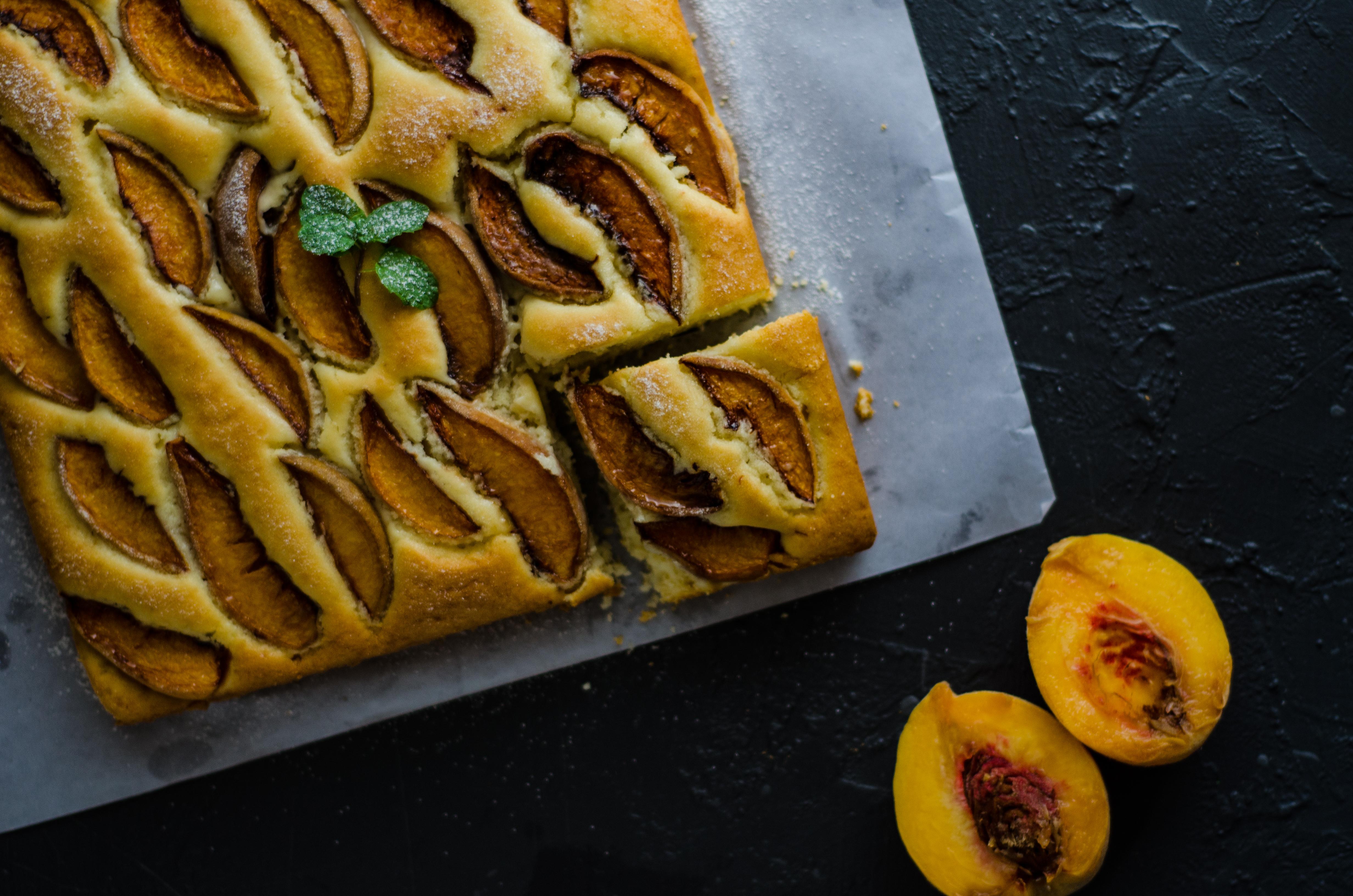 peach tray bake