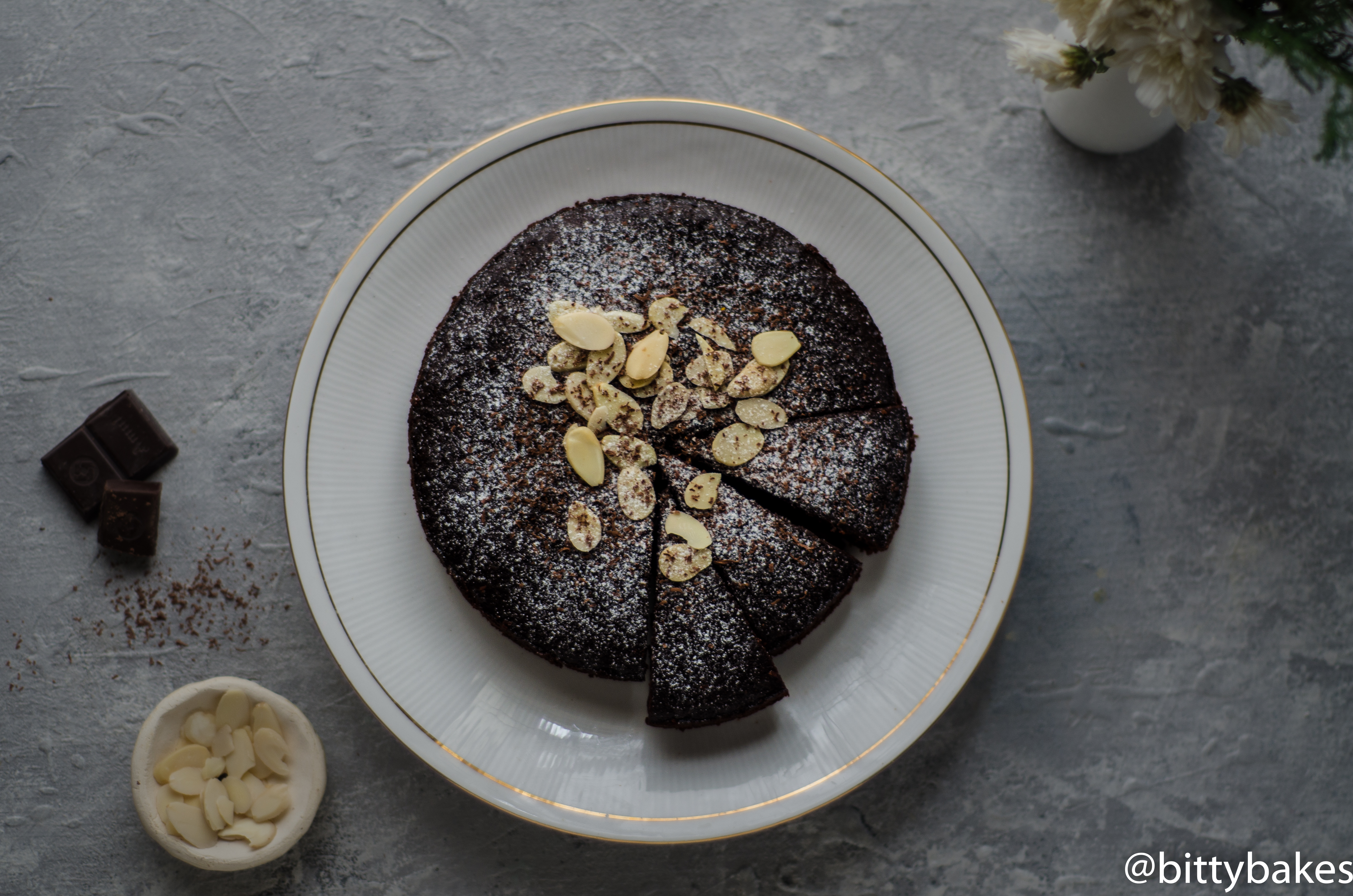 gluten free almond chocolate cake