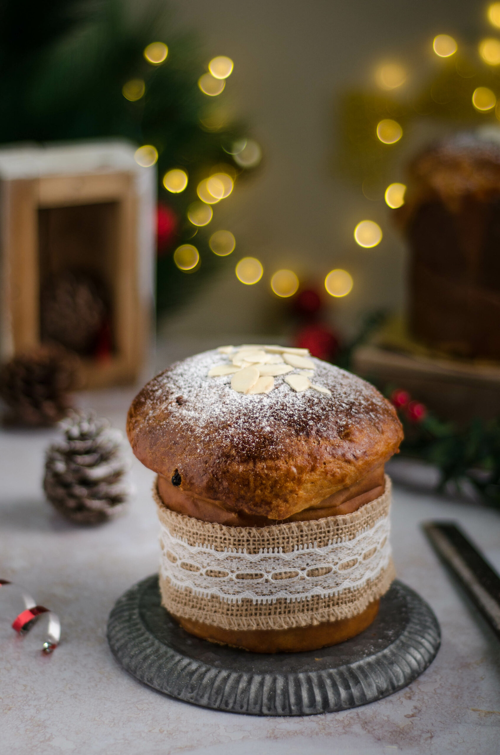 panettone - Italian christmas bread