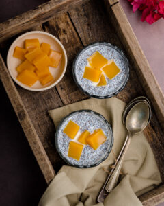 chia seed breakfast with mango jelly