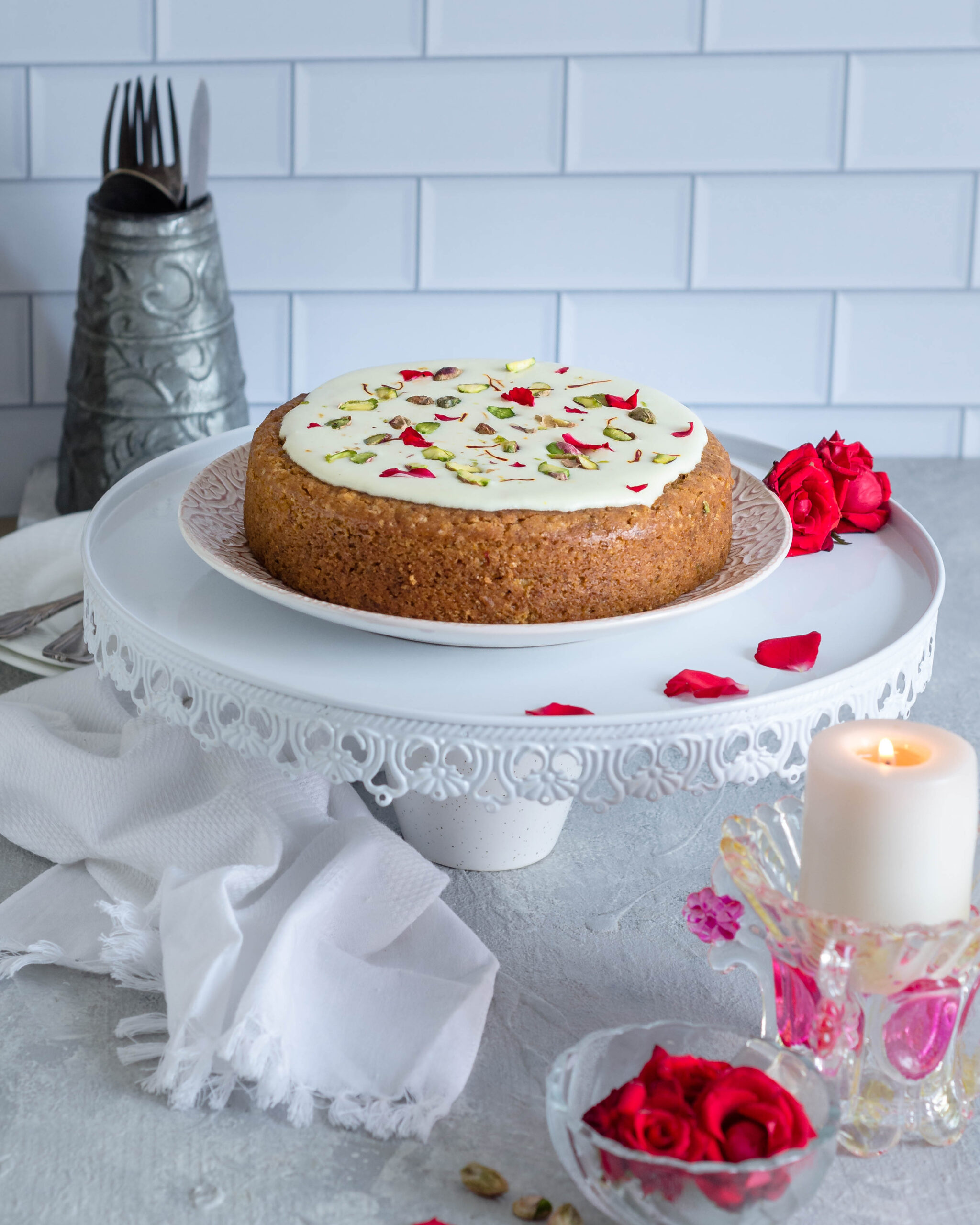 Pistachio saffron cake-7684