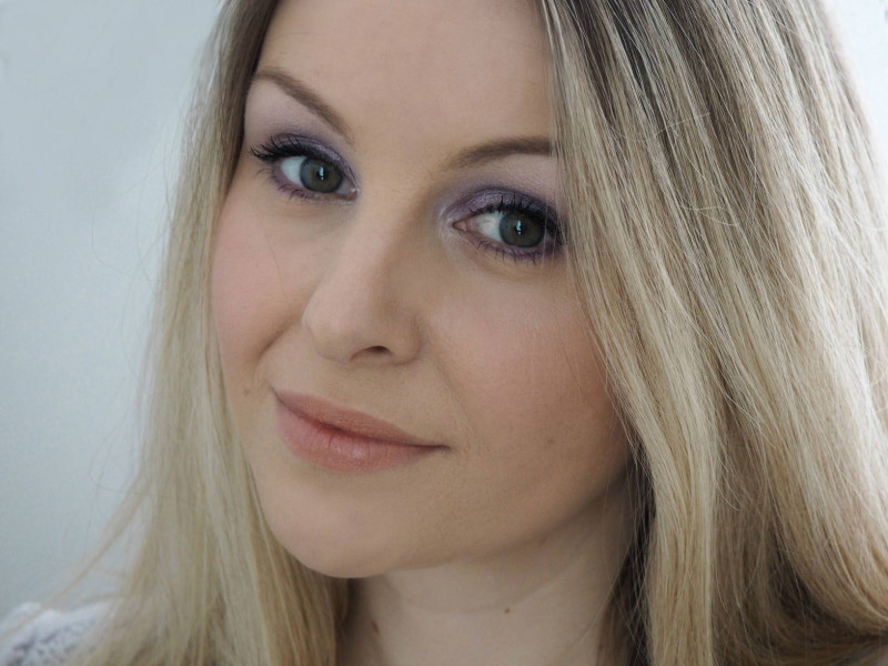 Lilac Eyeshadow Makeup Look - House of Paper Doll