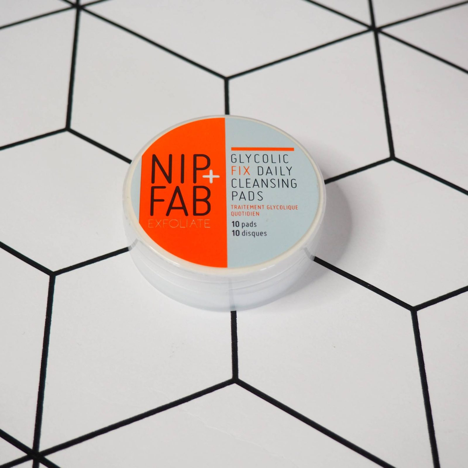 Nip + Fab Daily Cleansing Pads Dollibox