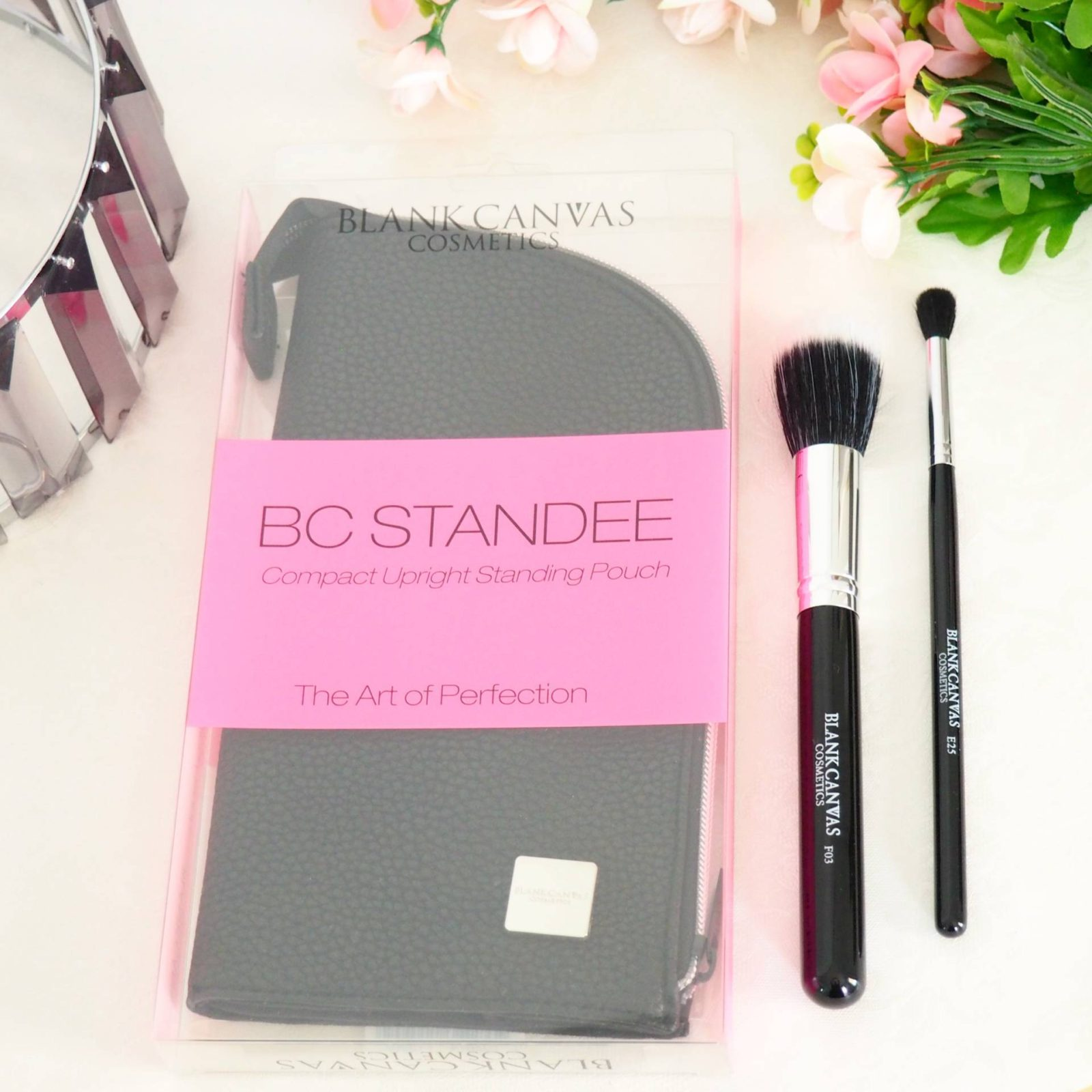 Blank Canvas Standee Brush Pouch