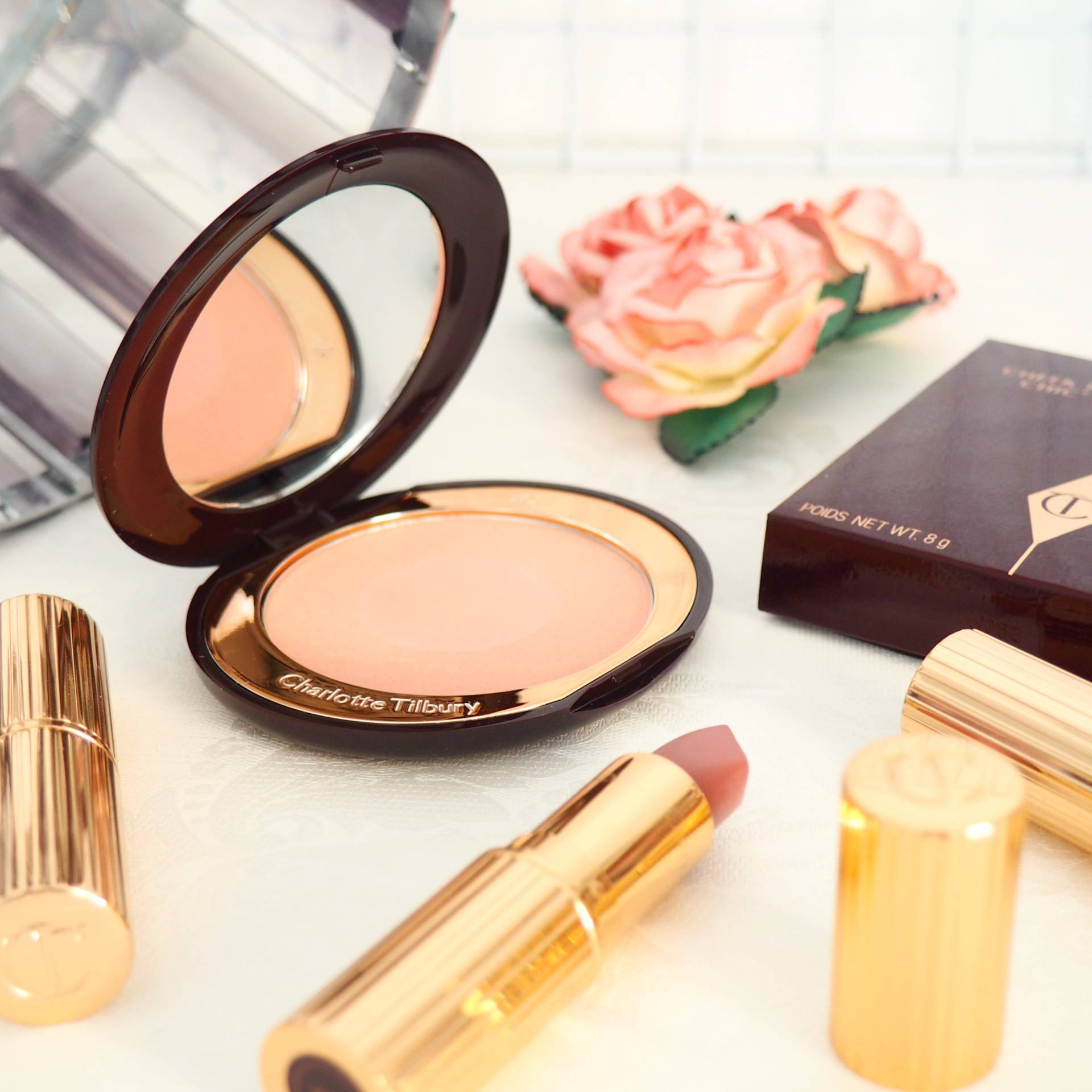 Charlotte Tilbury Cheek to Chic Blush in Ecstasy