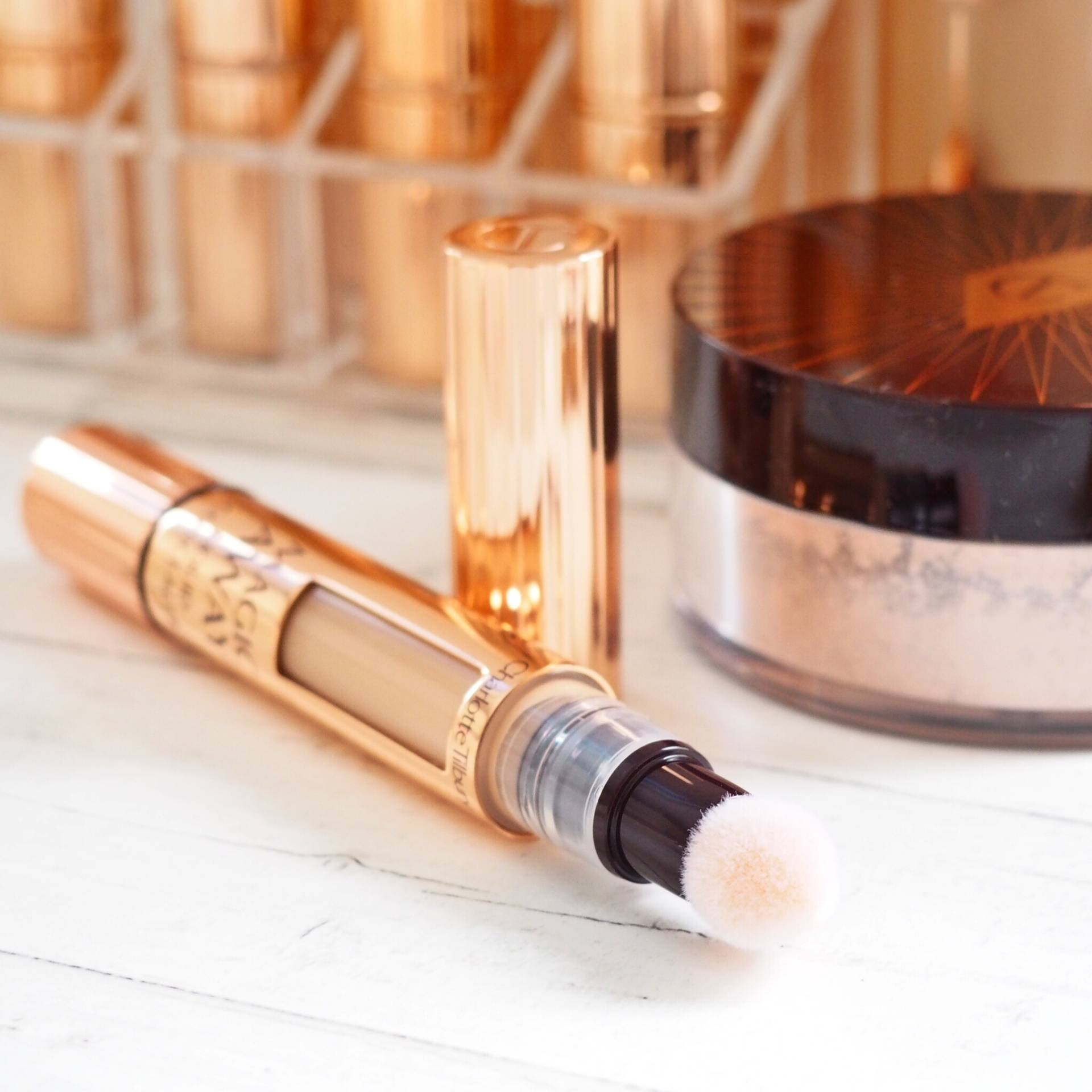 Charlotte Tilbury Magic Away Liquid Concealer
