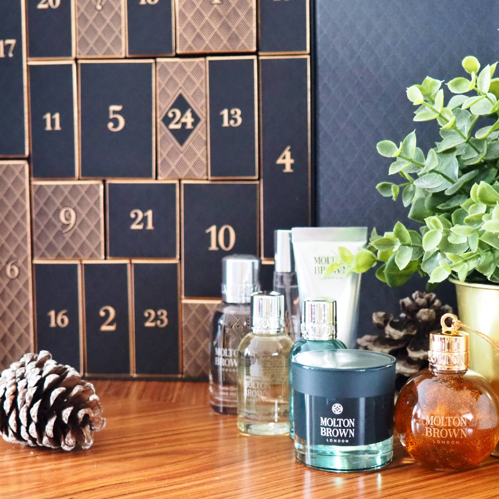 Molton-Brown-Advent-Calendar_2019