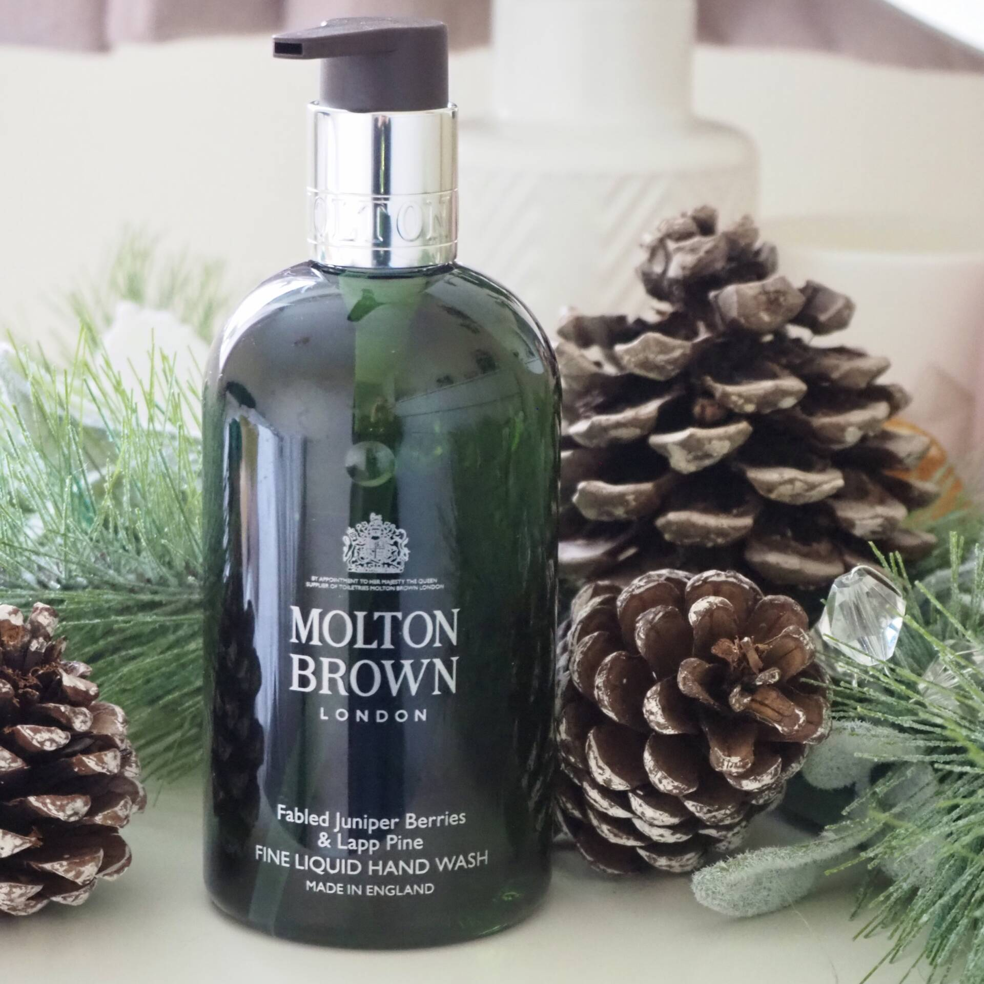 molton-brown-christmas-hand-wash
