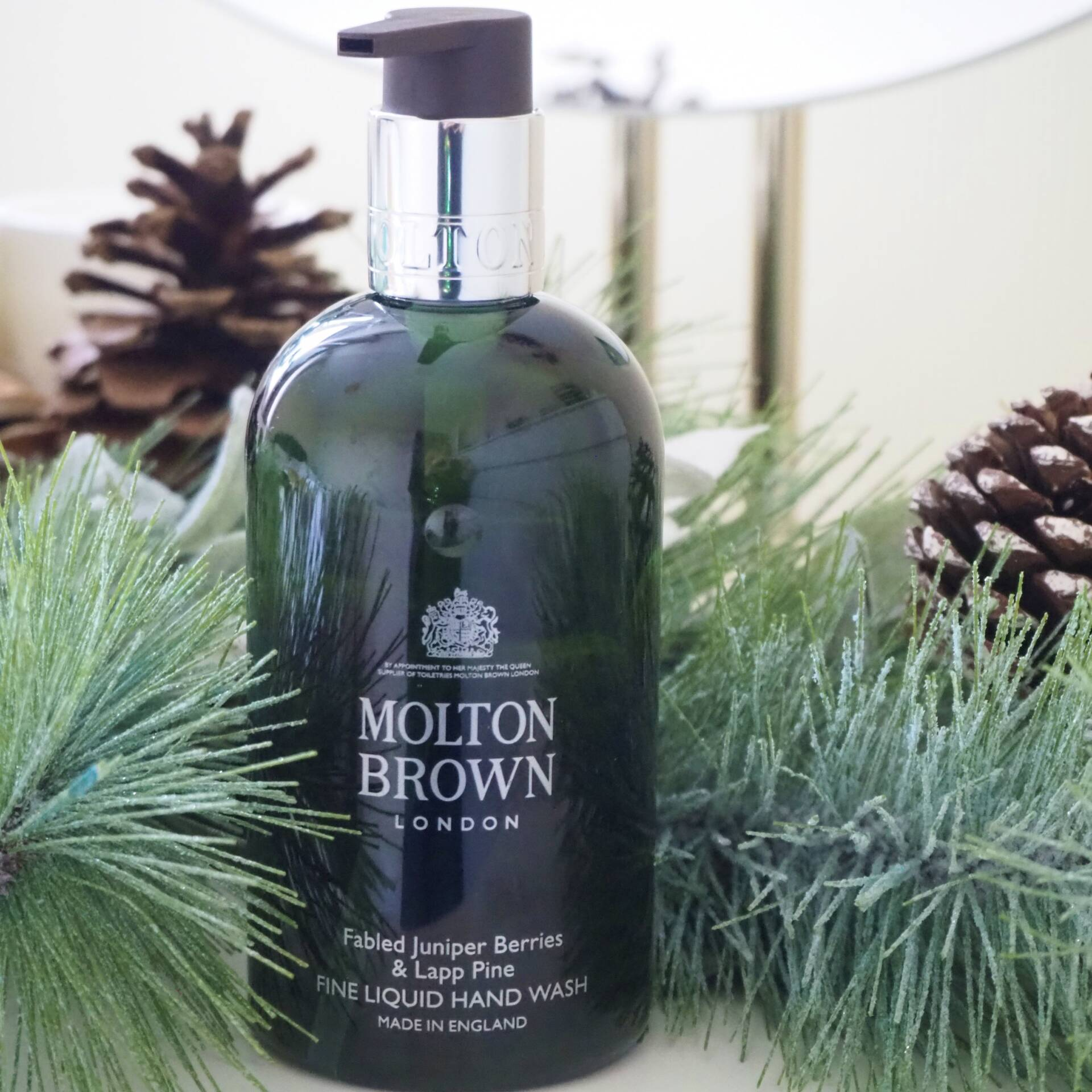 molton-brown-festive-hand-wash