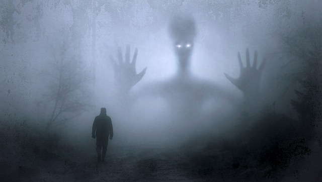 Astrology & Faith: ज्योतिष शास्त्र के अनुसार सिर्फ इन्हीं लोगों को क्यों दिखाई देते हैं भूत-प्रेत, जानिए ?
