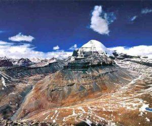Way to Spirituality: कैलाश पर्वत के अदभुत रहस्य जिन्हें वैज्ञानिक भी नही सुलझा पाए, जानिए क्या हैं वो रहस्य ?