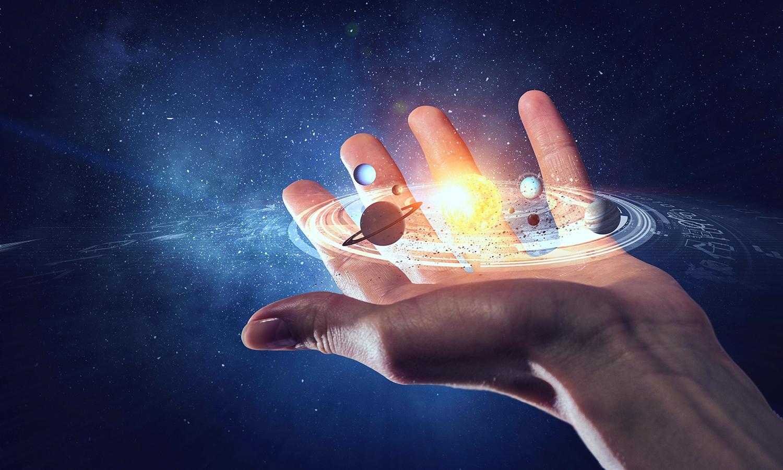 Religion & Astrology: क्या आप जानते हैं हाथ की रेखाएं सब सच बोलती हैं, खोल सकती हैं आपकी ज़िंदगी के कई राज़, जानिए कैसे ?
