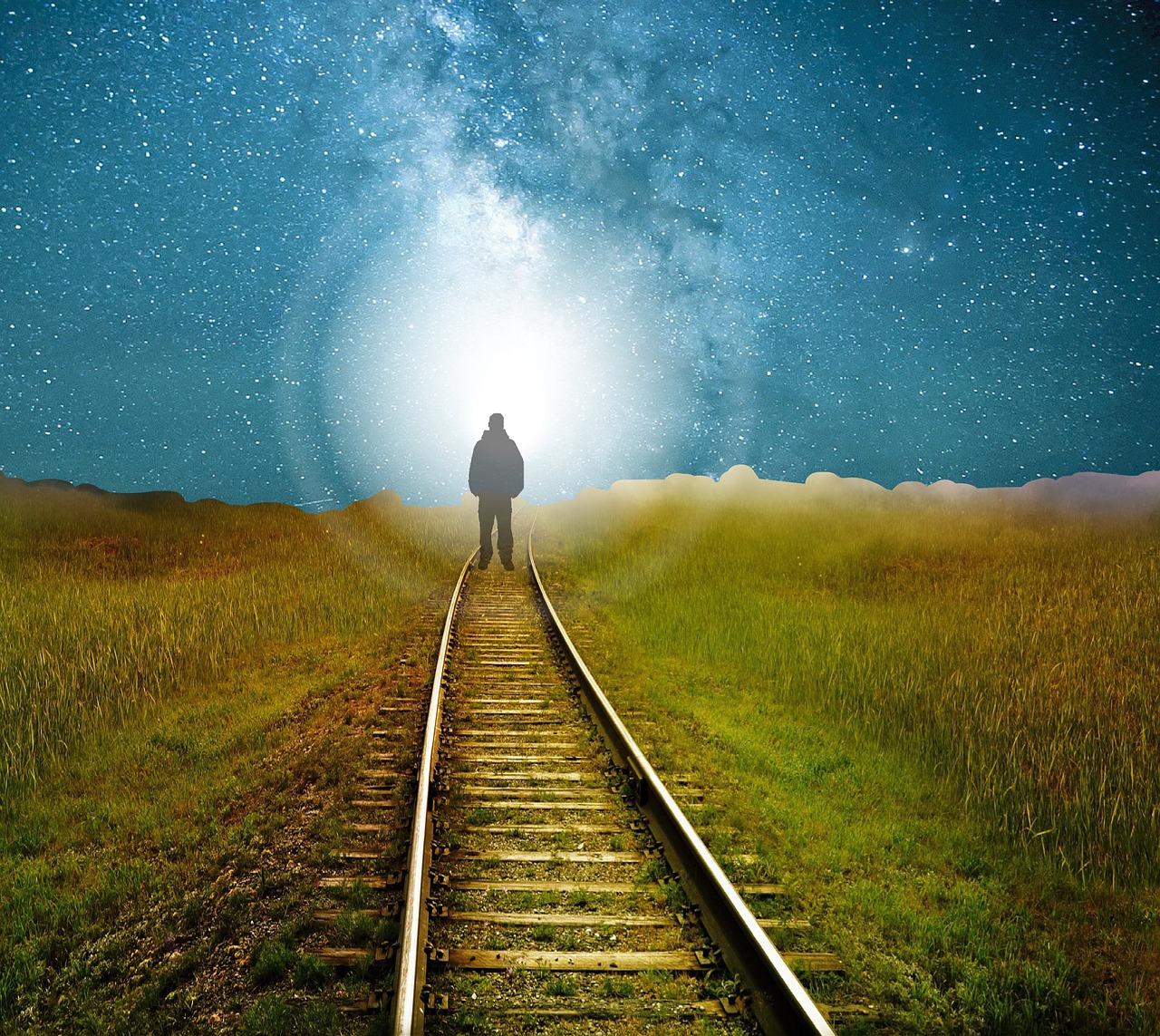 Way to Spirituality: क्या अध्यात्म से जीवन में बदलाव आते हैं ?