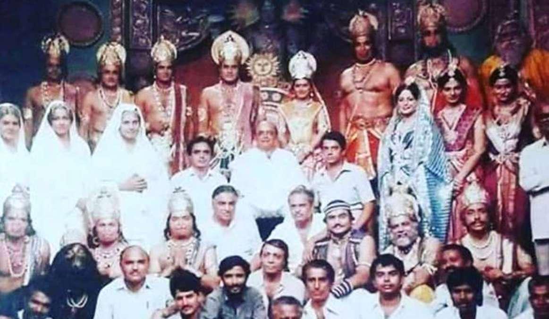 Religion & Faith: श्री रामानंद सागर की 'रामायण' का वो आखिरी एपीसोड जो पीछे छोड़ जाता है एक अद्भुत व अमिट छाप ! द्वापर युग के दर्शन करने हों तो एक बार फिर से अवश्य देखिए रामानंद सागर की रामायण।