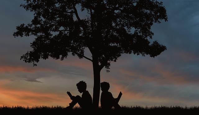 Happiness is Free: आपका बचपन किन कमियों के साथ गुज़रा इससे फर्क नहीं पड़ता, अगर आप आज भी उन कमियों से उबरने लायक नहीं हुए इससे फर्क पड़ता है !