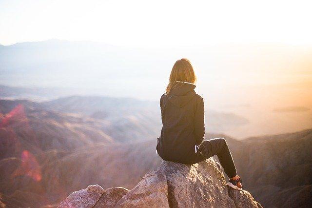 Happiness is Free: 'एक मुट्ठी आसमान', न तेरा है, न मेरा है…!