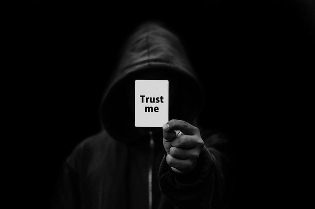 Happiness is Free: अपने फायदे के लिए दूसरों का भरोसा मत तोड़ें, क्योंकि भरोसा है तो ज़िंदगी है !