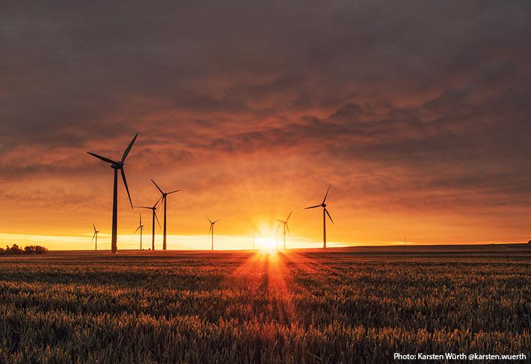windmills-karsten-wurth-karsten-wuerth-0w-uTa0Xz7w-unsplash