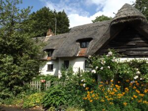 Thatched cottage in Rushden (Herts)