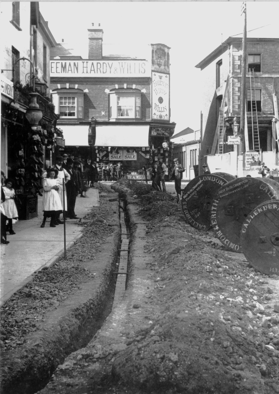 Bringing electricity to Hitchin, 1906