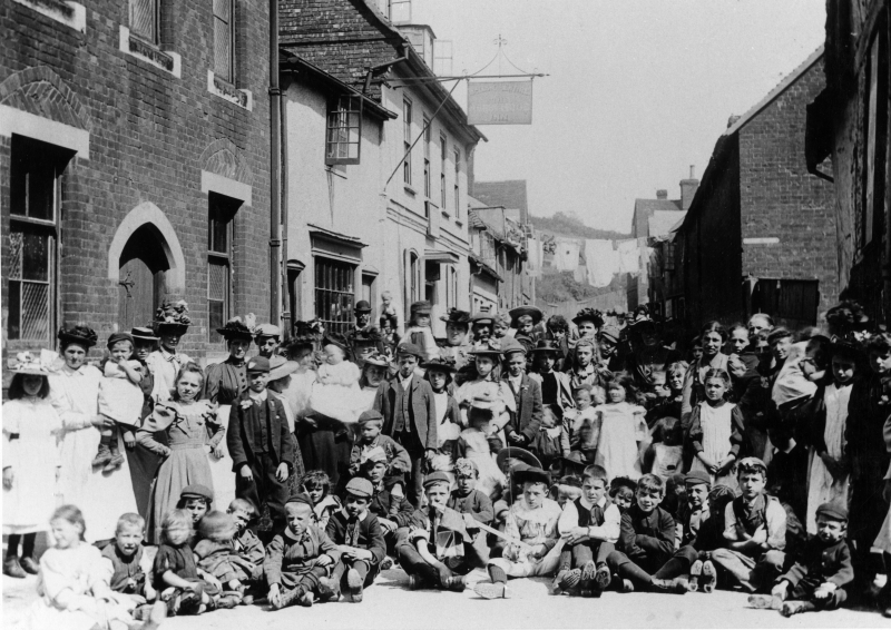 The west end of Hollow Lane, Hitchin, about 1905