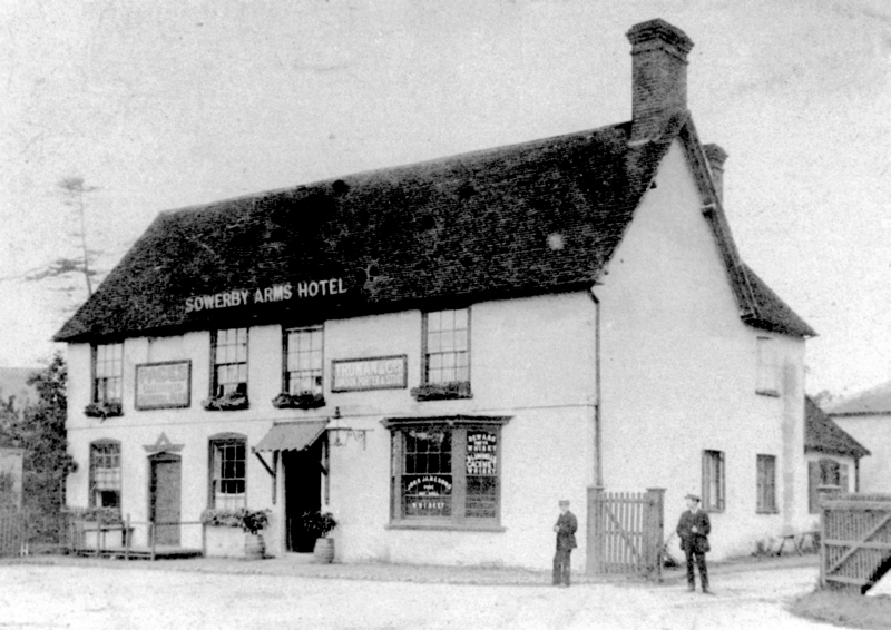 The Sowerby Arms Hotel, Lilley, between 1880 and 1910
