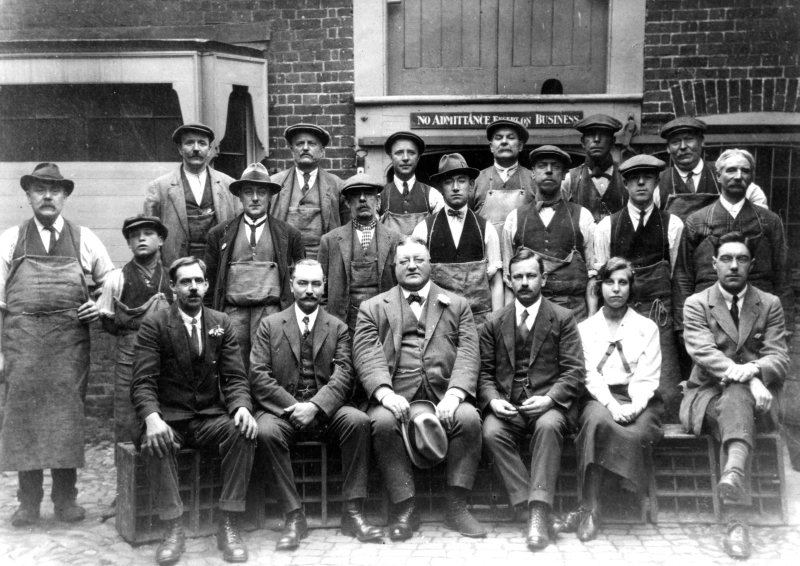 The staff of Lucas Brewery, Bridge Street, Hitchin, early 1920s