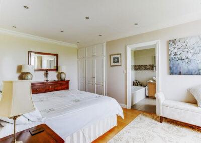 Bedroom La Maison Paul
