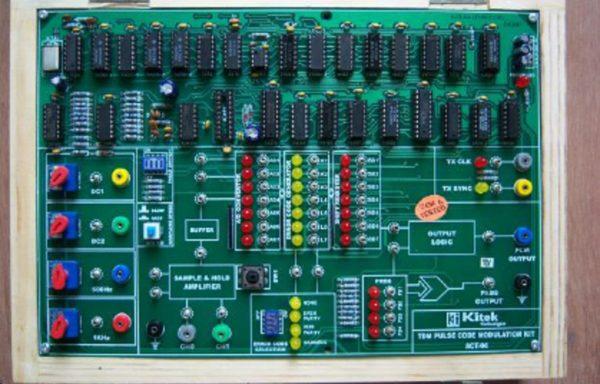 PULSE CODE TRANSMITTER/RECEIVER TRAINER TCM 015-04, TCM 015-05