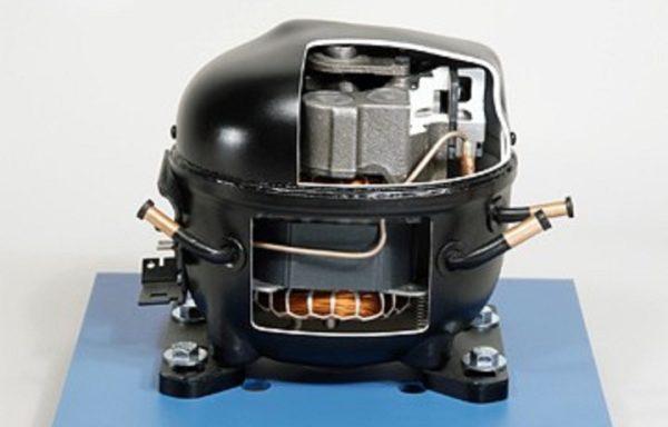 Reciprocating Compressor Cutaway Model RAC 091
