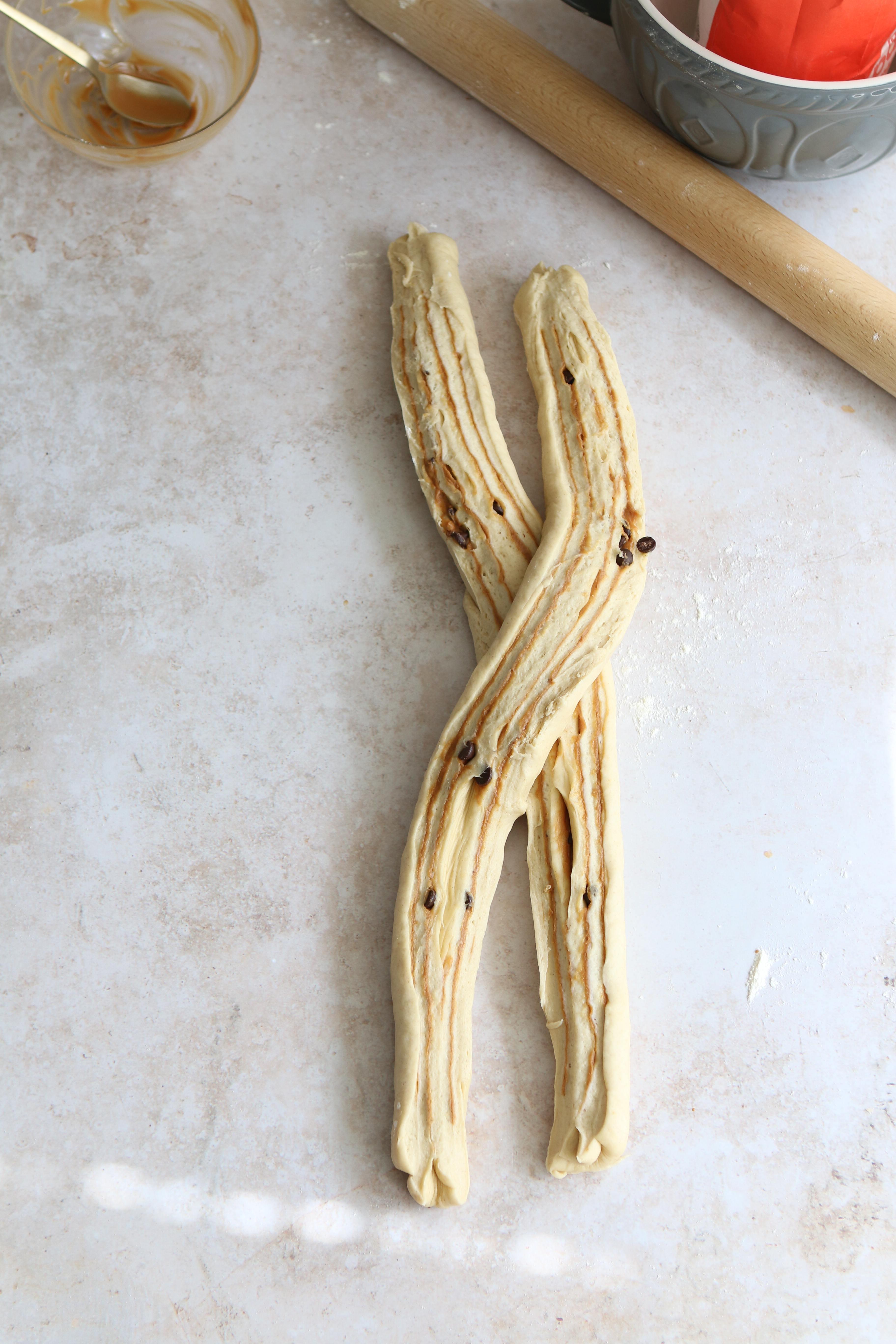 chocolate & cinnamon babka vegan