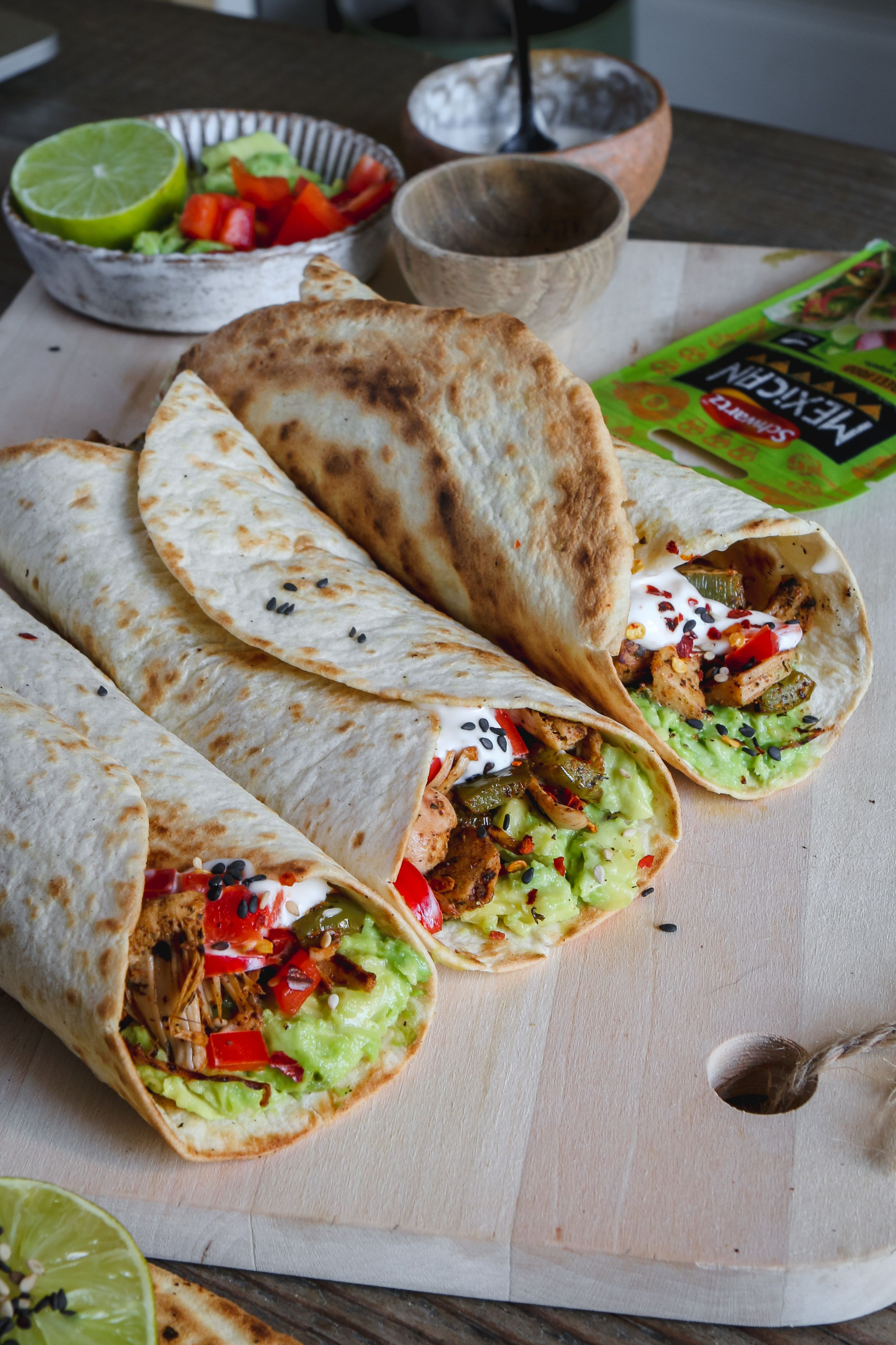 vegan mexican jackfruit wraps