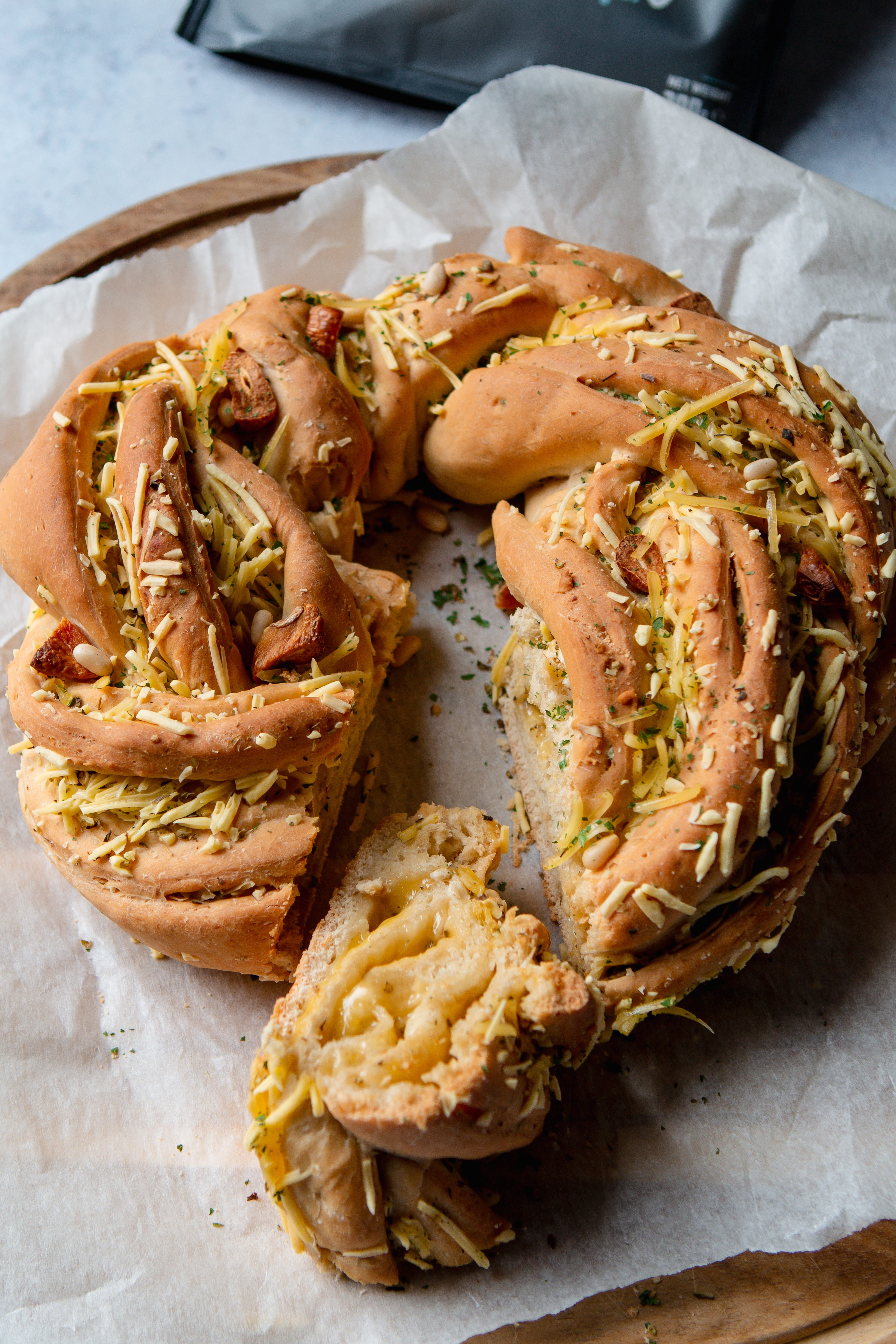 vegan cheese and garlic twist bread recipe