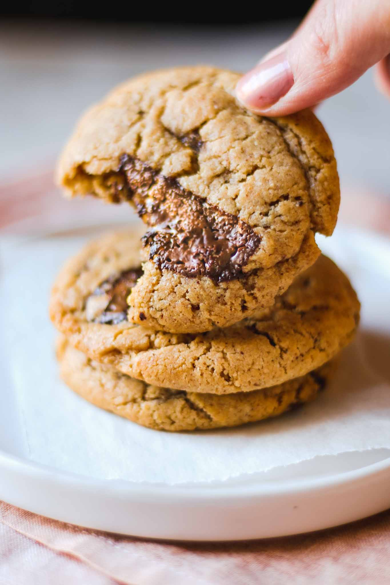 peanut butter chocolate chip cookie vegan easy recipe