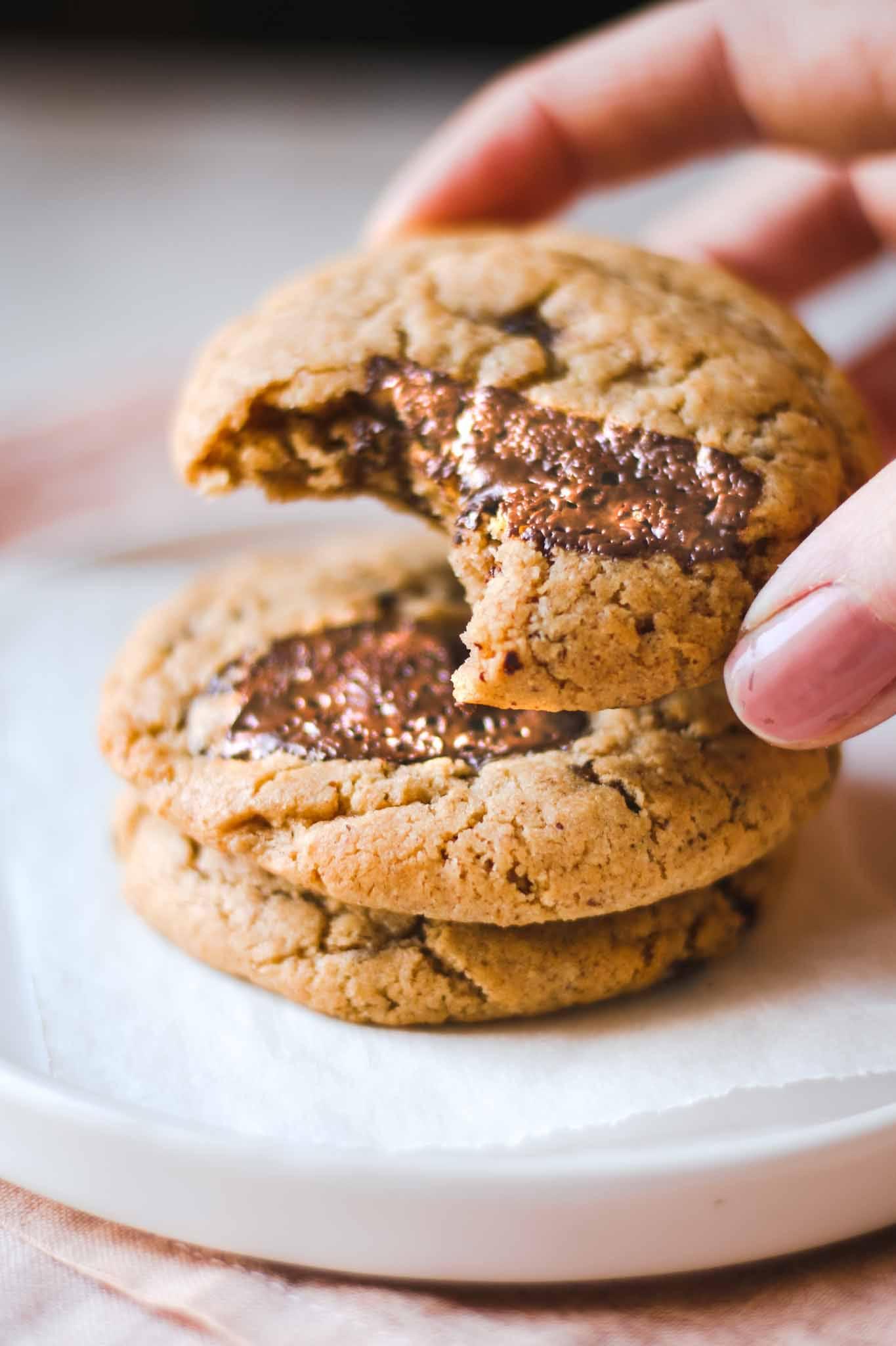 peanut butter chocolate chip cookie vegan easy recipe