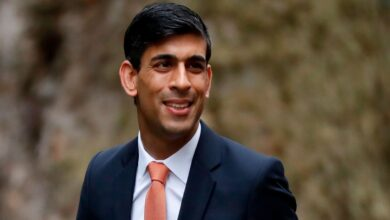 Rishi Sunak to announce extra £3bn for NHS but warns of economic shock