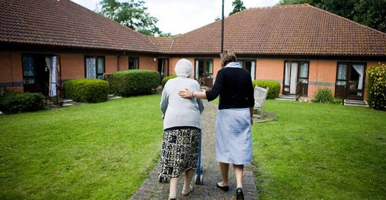 Families with negative Covid test can visit care homes in UK