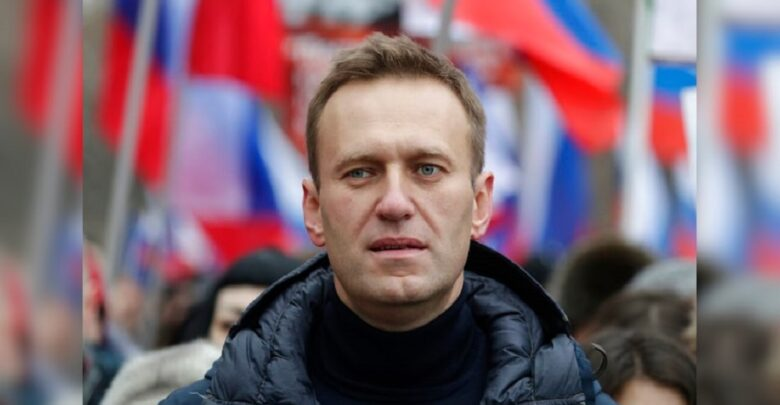 #Alexey_Navalny says he will #return to #Russia on Sunday after being #poisoned