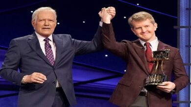 #Ken_Jennings_hosts '#Jeopardy!' and honors 'the great #Alex Trebek'