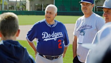 $Tommy_Lasorda, #Hall_of_Fame_baseball_manager, dead at 93