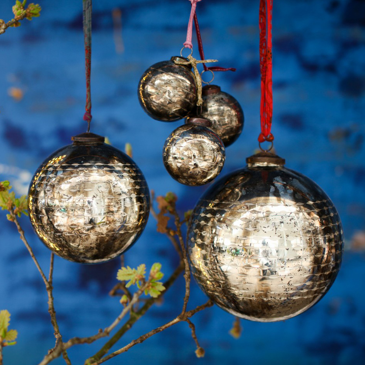 nkuku-antique-christmas-baubles
