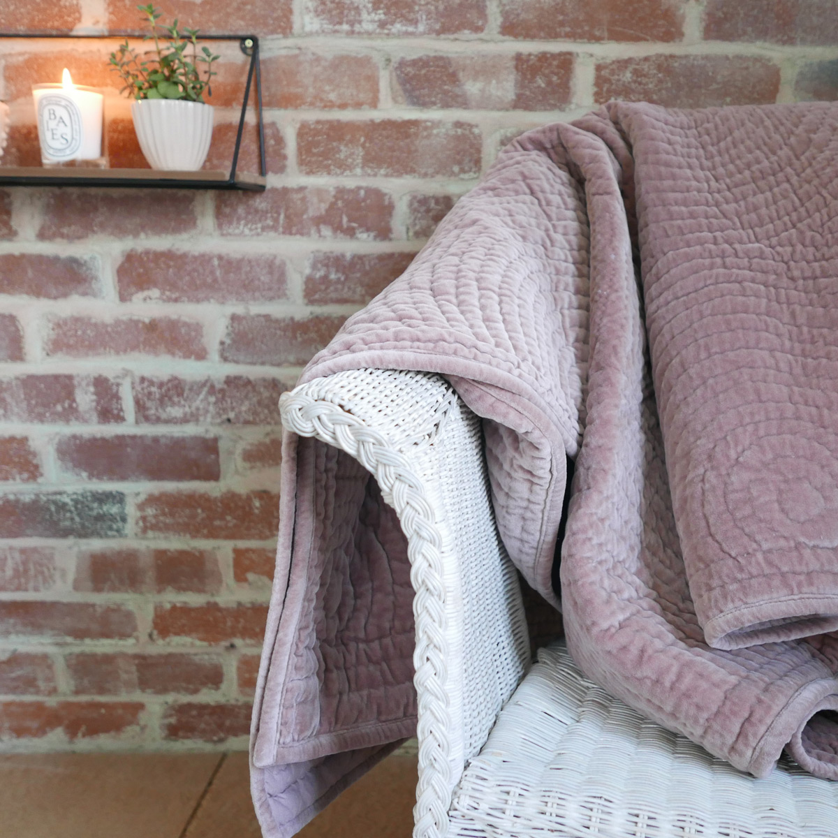 dusky-pink-velvet-throw