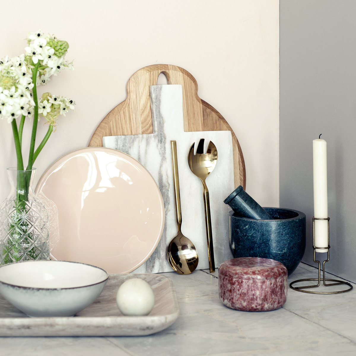 lifestyle salad serving set with marble chopping board & brass candle holder