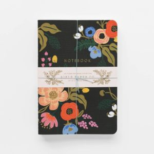 j3a001-lively-floral-notebooks-02_1