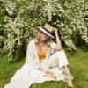 Iconic Abaya – White & Gold