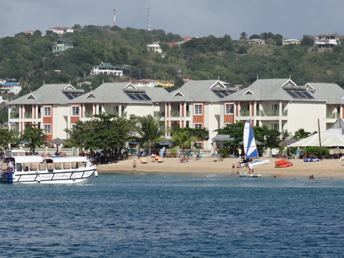 Our December hotel on Reduit beach