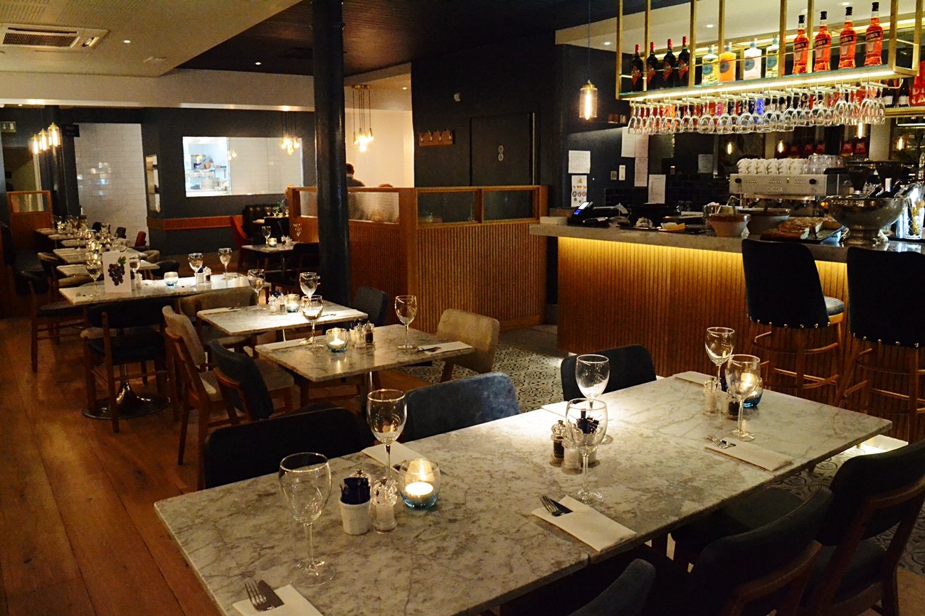 Dining Italian style at Carluccios