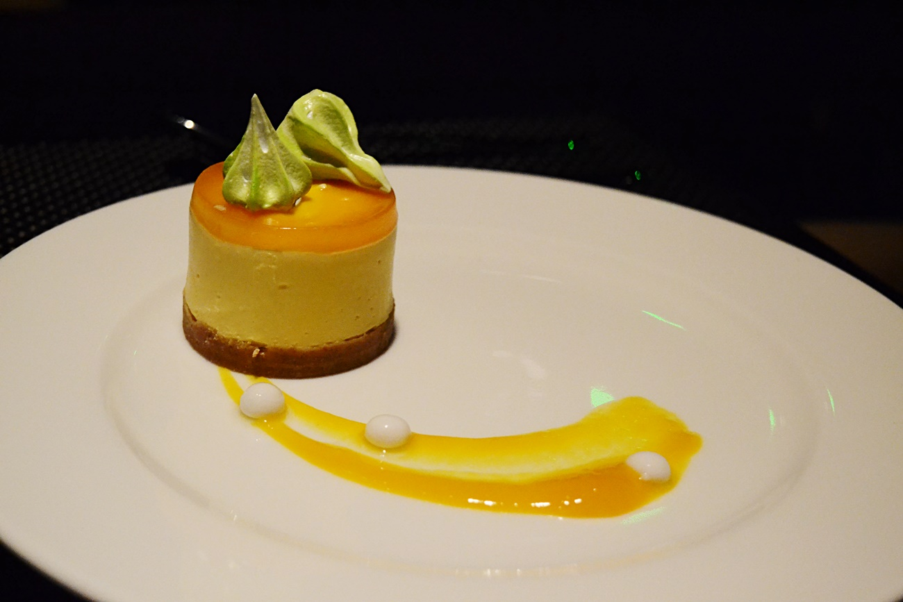 mango cheesecake dakota grill