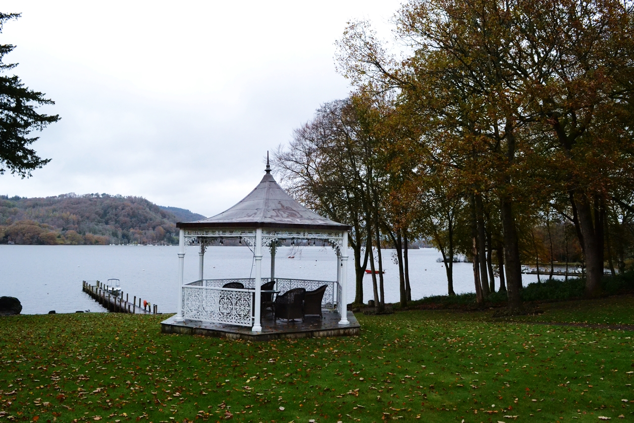 storrs halls bowness windermere jetty