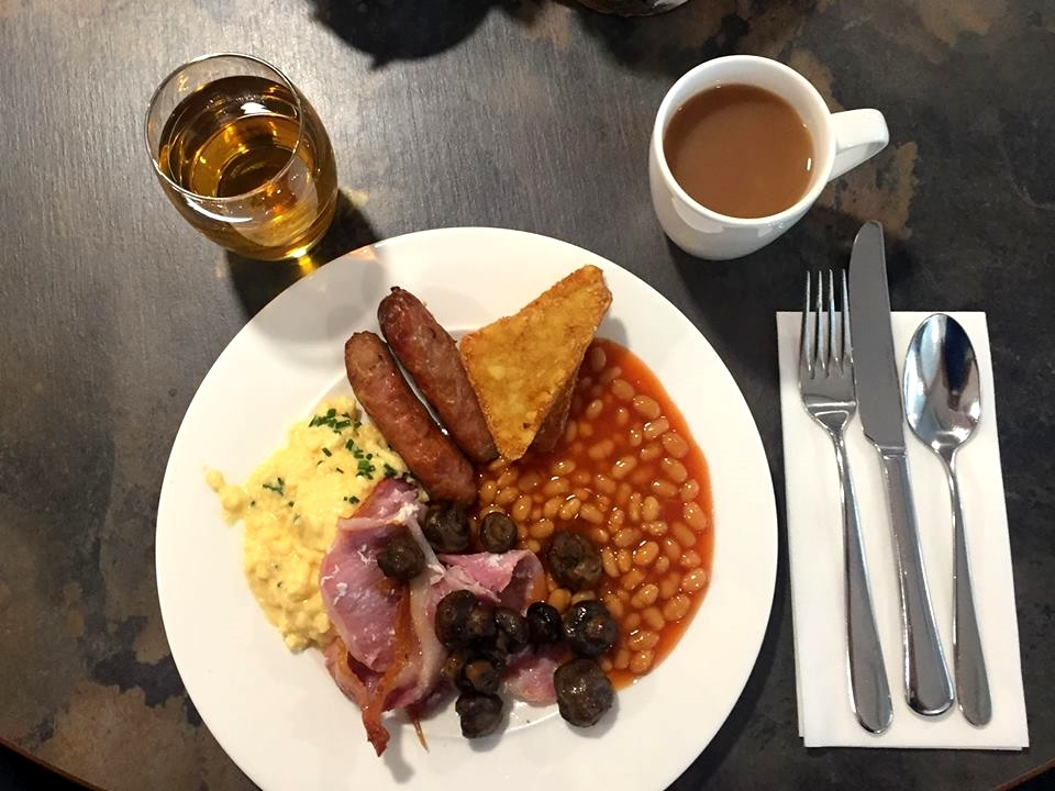 breakfast at doubletree hilton